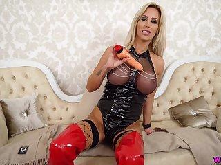 Wankitnow - miss monaco submissive slave