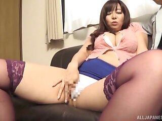 Pretty Asian MILF Kaori is 'round pleasure principals