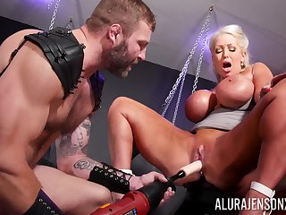 Rough BDSM pussy and anal for a big irritant cougar on fire