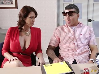 Fucking exposed to the office table with Charlee Woo and Eva Karera