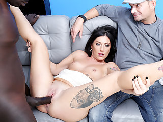 Italian Wife Sabrina Ice Makes Black Bull Creampie Her in Front of Cuckold