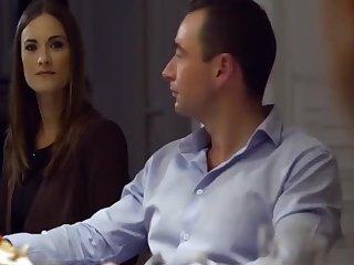 Cena Swinger En Casa Y Ordeno A Mi Mujer Esclava A Chupar - Rico Simmons