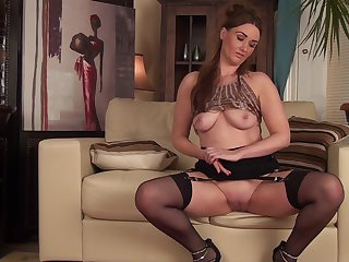 Titillating video of solo mature Ella Clarke playing with her pussy