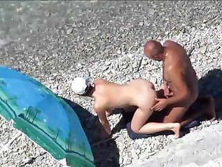 Couples Aloft Beach Perform Doggy-Style Position Pack - Amateur Sex
