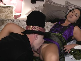 Flaming MILF anent spicy role play set to take aback their way nearly sex
