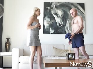 Papa fucks cue nanny Sophia Lux in front of hidden camera