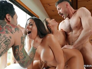 Snowbanging Foursome at Ski Resort - Abigail Mac, Charles Dera, Luna Star, Small Hands