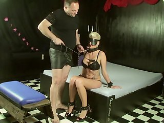 Blindfolded blonde slut Scarlet Young loves to get spanked hard