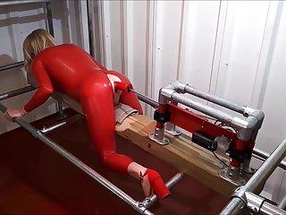 RachelSexyMaid - 34 - Dungeon Fuckmachine in Red Latex