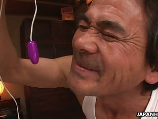 Neat Japanese chick gives a scrupulous oral narcotize and she loves gangbang sex