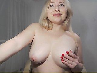 Hot chubby MILF webcam erotic photograph