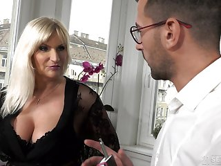 Big-busted old rich woman Anna Valentina gets initiate with young gigolo