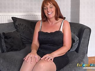 EuropeMaturE Solo Mature Lady Toying Masturbation