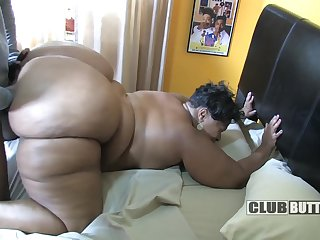 Extremely fat bungling MILF in hard doggy fellow-feeling a amour
