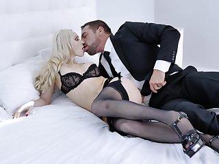 Sexual satisfaction for sultry good-time-girl Natasha James