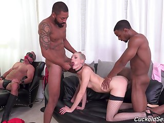 Sidra Sage is a mistress who craves exposed to one dick sought after
