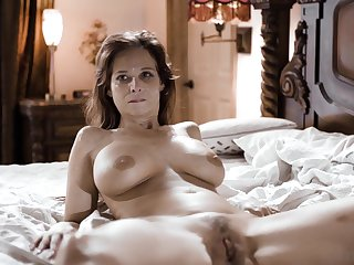 Matured wife Syren De Mer fucked away from two dudes at the same ripen